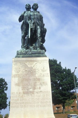 lews_and_clark_statue_10-28-14-1