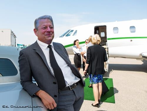 al_gore_private_plane_4-21-15-1