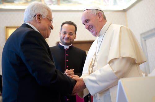 pope_francis_mahmud_abbas_5-16-15-1