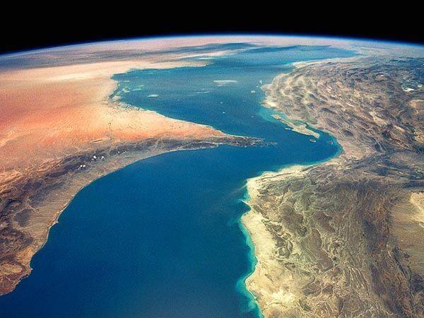 energy-strait-hormuz-oil-choke-point-article_48362_600x450