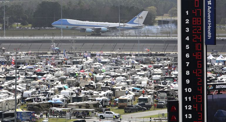 [WATCH] Trump Puts on Spectacular Show of 'American Glory' at NASCAR with Air Force One and 'The Beast'