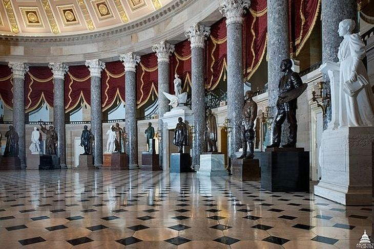 640px-National_Statuary_Hall_since_July_1864_28381182666-730x487.jpg