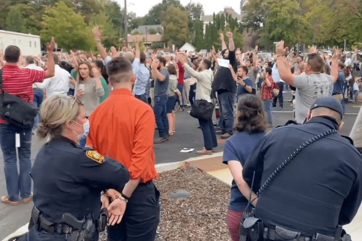 Idaho Christians ARRESTED for Singing Hymns Maskless Outside City Hall in County with Zero Covid Deaths (pjmedia.com)